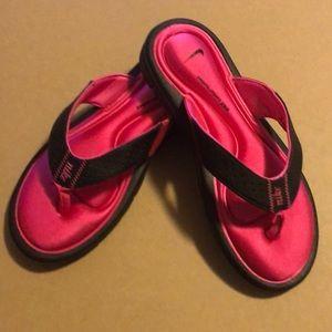 Nike,gel soles